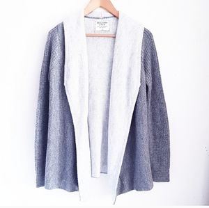 ABERCROMBIE & FITCH Gray Open Front Cardigan